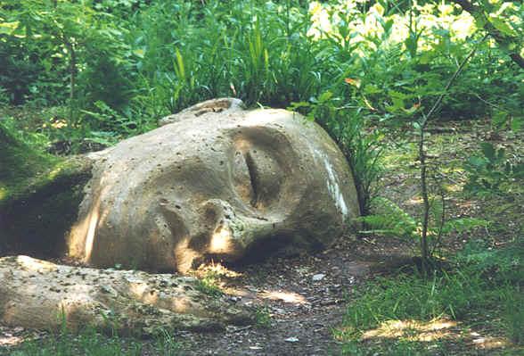 sleepinggiantbuddha.jpg